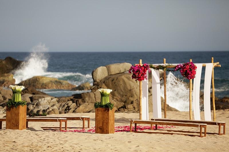 hot pink wedding flowers beach weddings mexico elena damy event design
