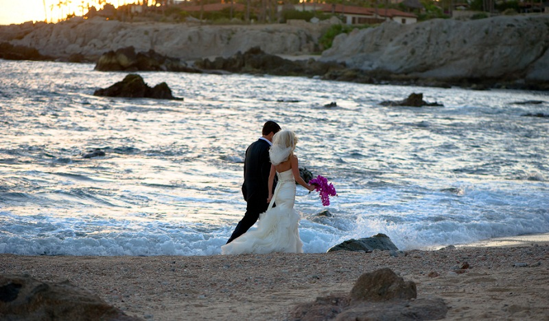 Beach weddings mexico, destination weddings, weddings gowns for beach weddings