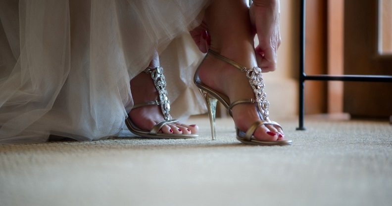 gold wedding shoes luxury weddings mexico elena damy event design