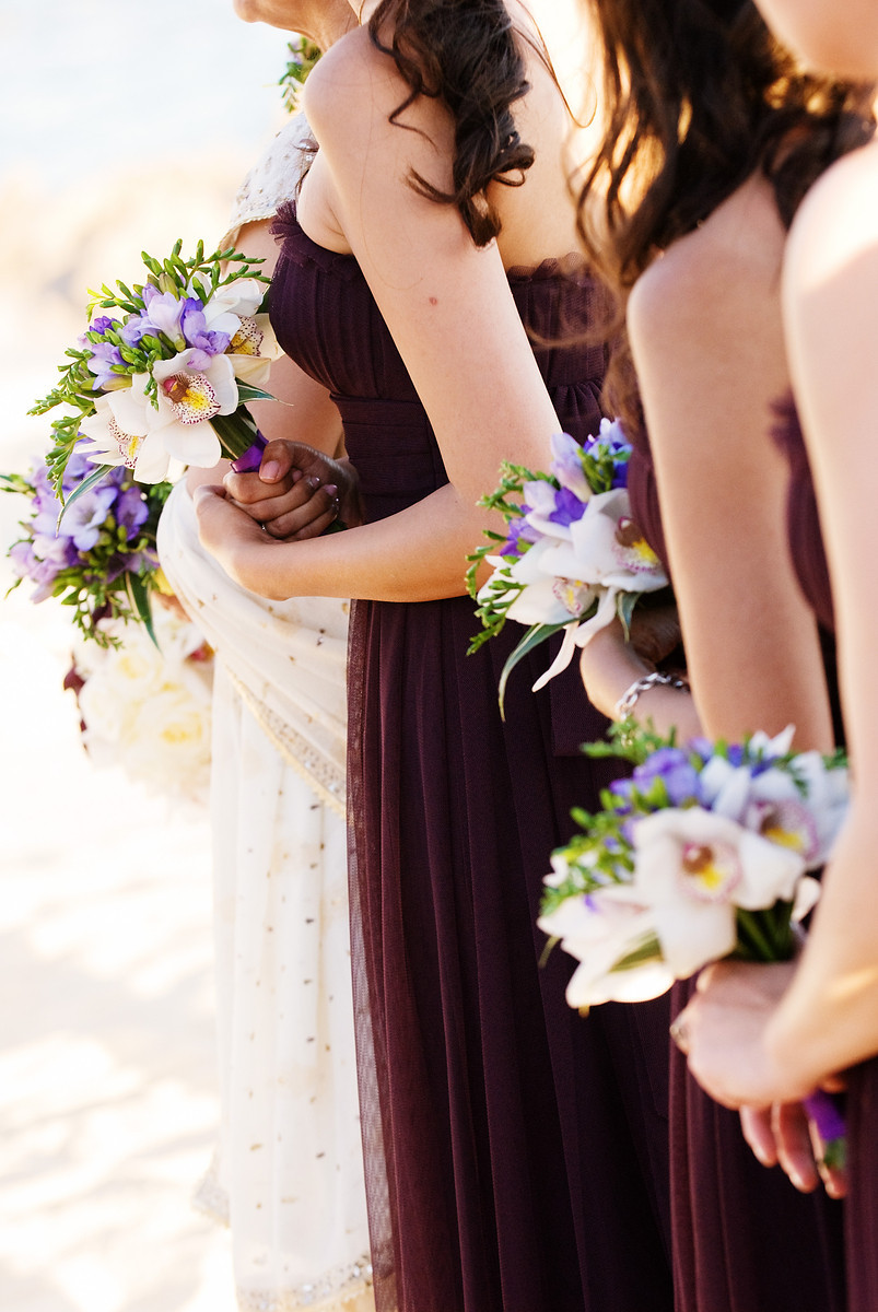 bridesmaids bouquets for beach weddings