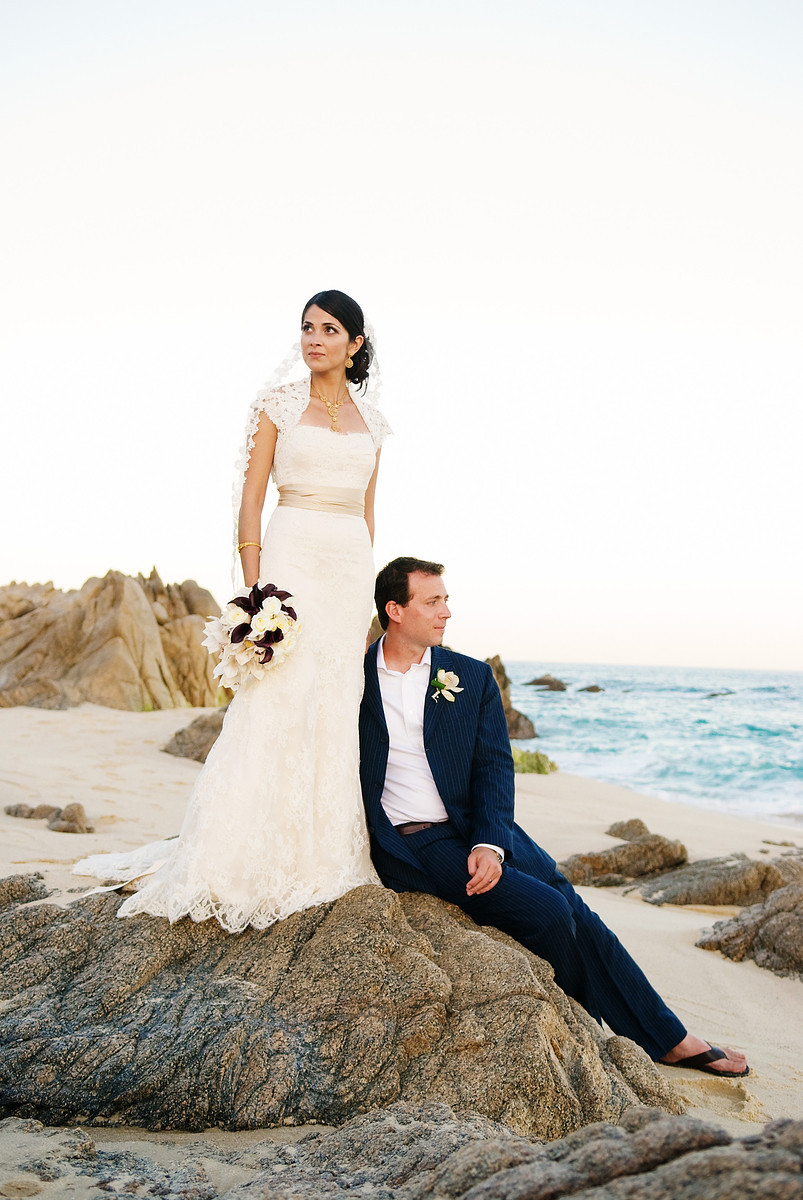 beach wedding photos mexico