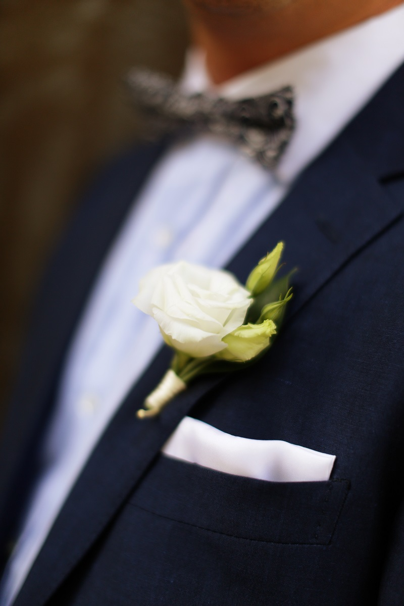 white wedding boutonnieres destination weddings mexico elena damy
