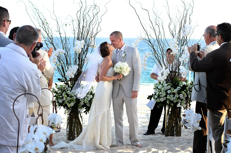 elena damy floral design los cabos weddings