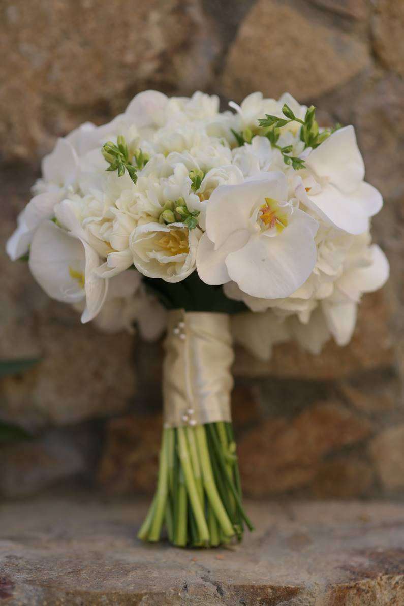 White Wedding Bouquets Beach Weddings Elena Damy Floral Design