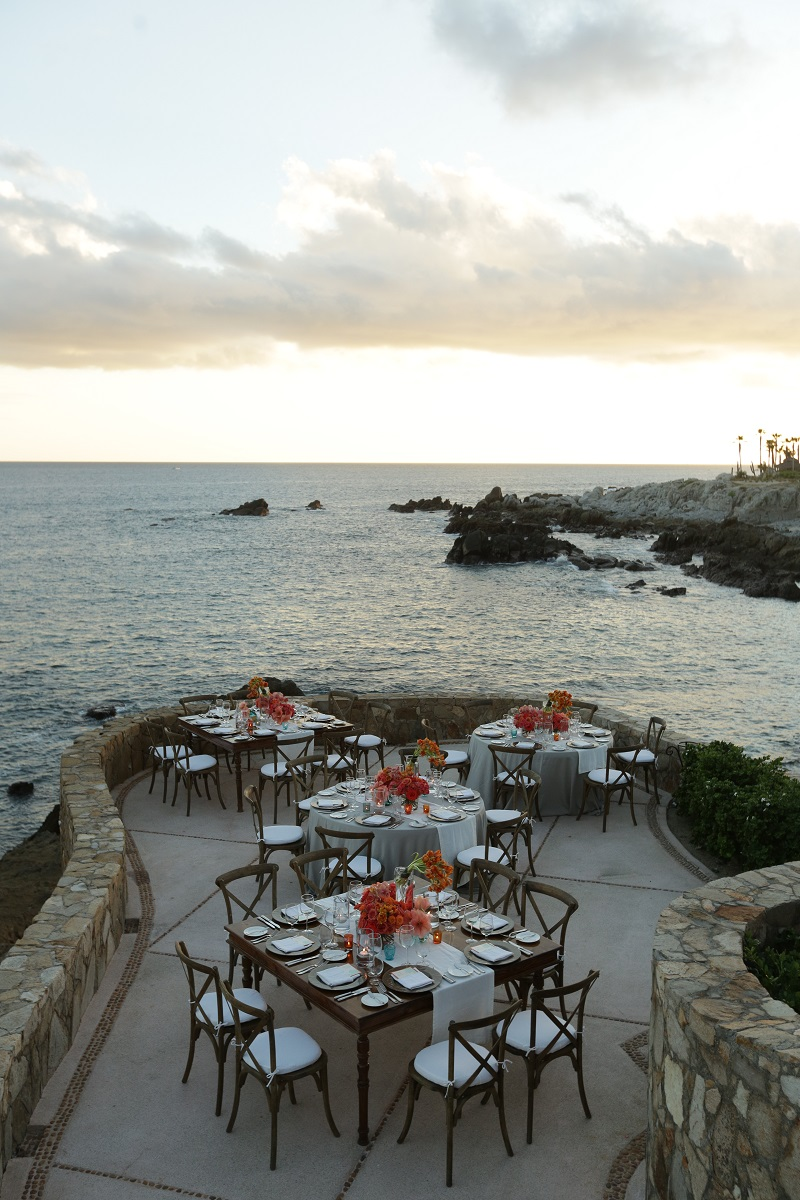 cliff wedding dinners los cabos mexico resorts elena damy floral design