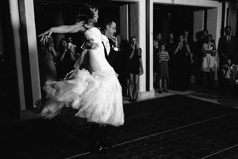 first dance las ventanas weddings