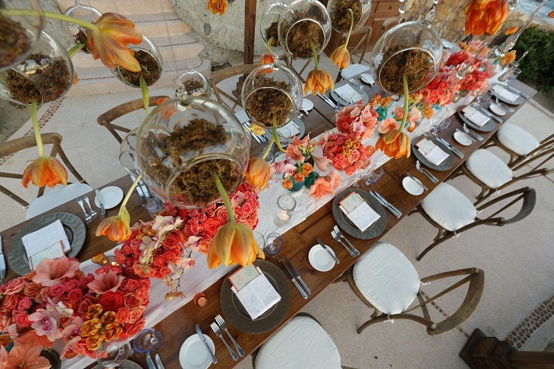 natural wooden tables orange orchids luxury weddings mexico elena damy 800