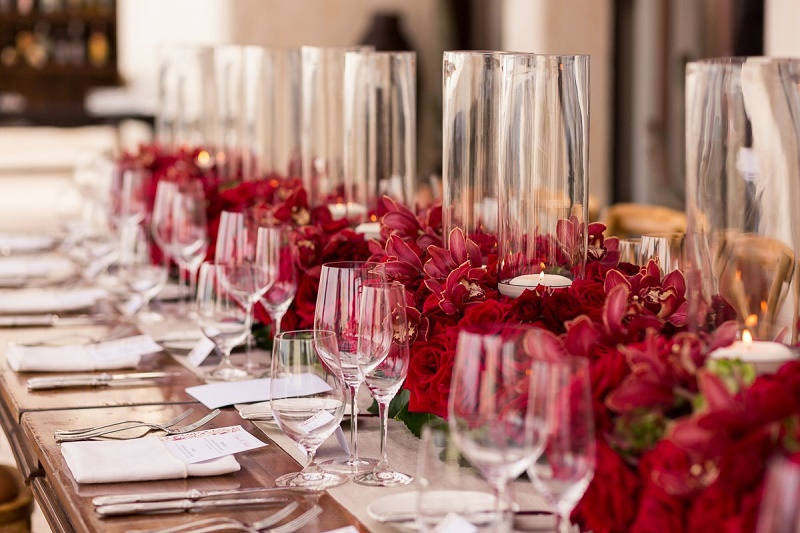 red centerpieces beach weddings las ventanas los cabos elena damy