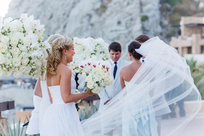 Beach Wedding Ceremony Oahu: Wedding Ceremony Bridal Veil In Wind Mexico