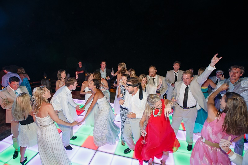 dance party weddings mexico esperanza resort elena damy destination weddings