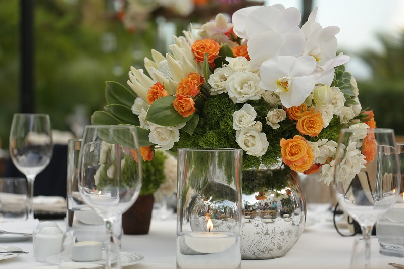 Mercury Glass Vases with White Flowers for Outdoor Beach Weddings Elena Damy Los Cabos