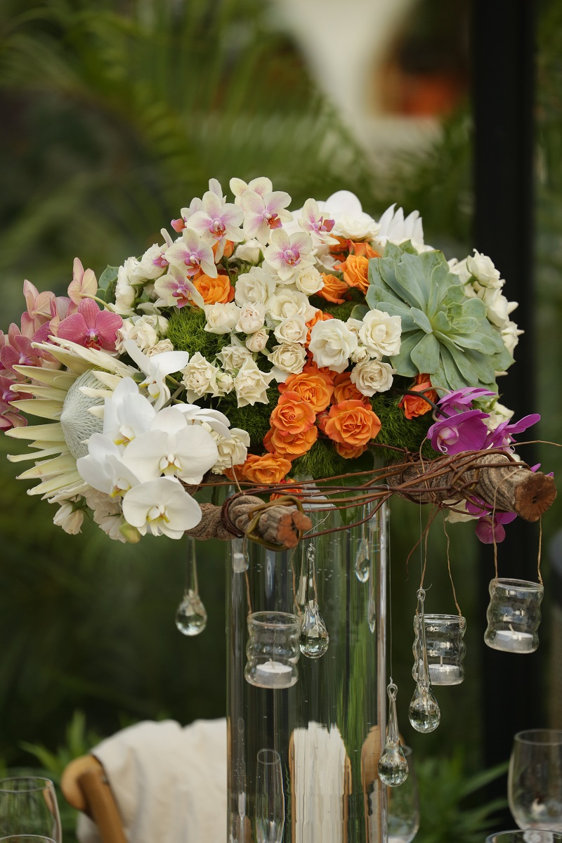 Tall Floral Arrangements for Outdoor Weddings Mexico Orange Roses White Orchids Manzanita Elena Damy