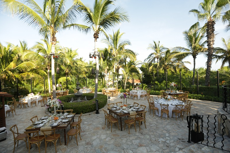 Wedding Receptions in Chapel Courtyard One&Only Palmilla Los Cabos Weddings Elena Damy Floral Design