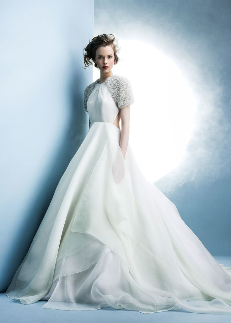 angel sanchez 2016 modern wedding gown