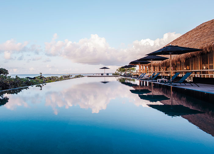 la_punta_pool_nizuc resort cancun weddings elena damy destination wedding planners