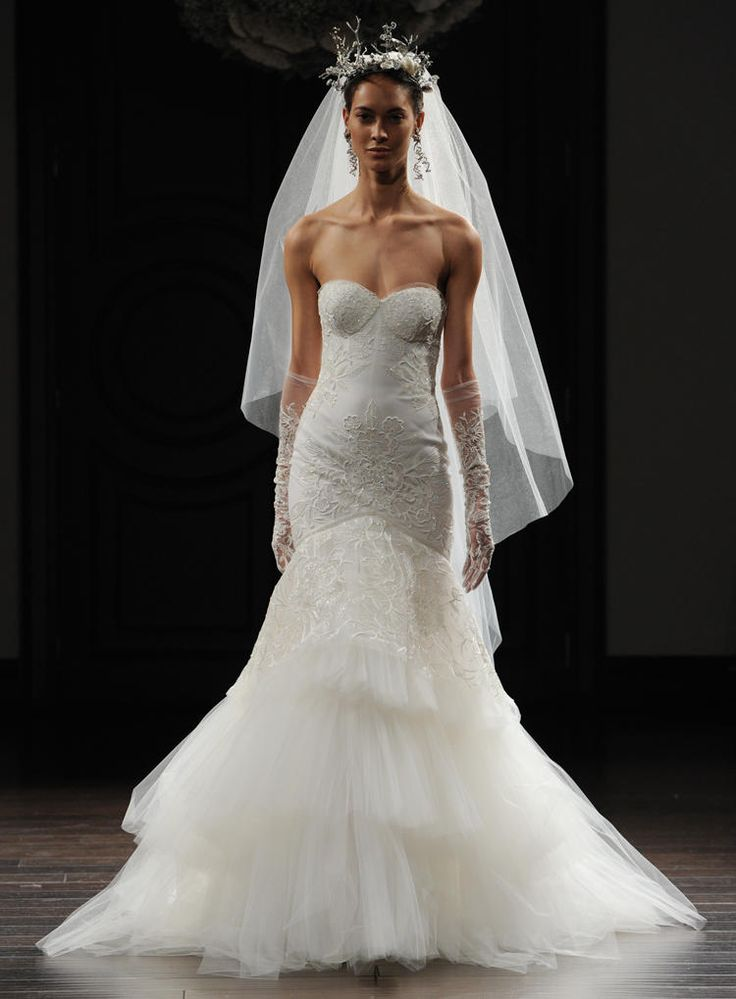 Elena damy our favorite wedding gowns from new york for Wedding dress boutiques in nyc