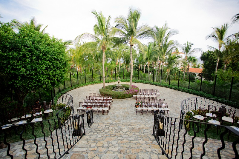 One & Only Palmilla Wedding Elena Damy Event Design - Sara Richardson Photography - -4841