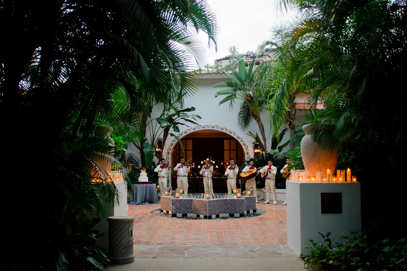 One & Only Palmilla Wedding Elena Damy Event Design - Sara Richardson Photography - -7847