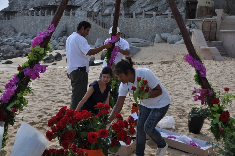 Building a Floral Teepee for a Wedding Elena Damy Los Cabos Wedding Planners