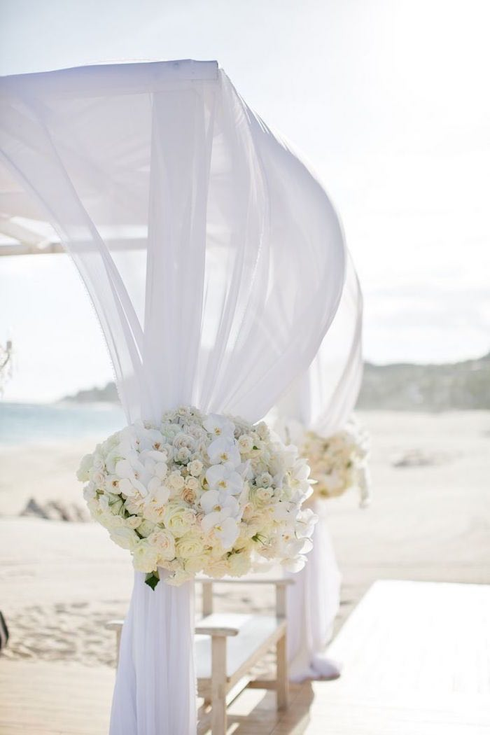 beach-wedding-ceremony-ideas-elena damy floral and event design destination weddings mexico 6