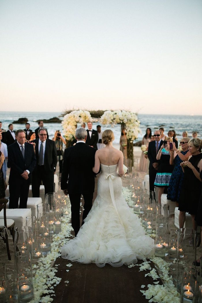 white-wedding-ideas-beach wedding ceremonies elena damy wedding designer mexico