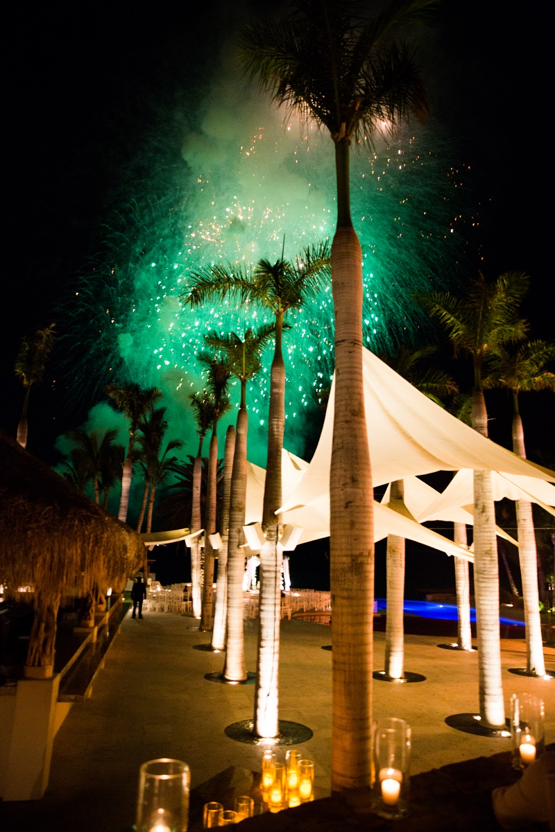 Beach Weddings Mexico Jewish Chuppahs Elena Damy Destination Weddings Los Cabos Lauren Ross Photography 120