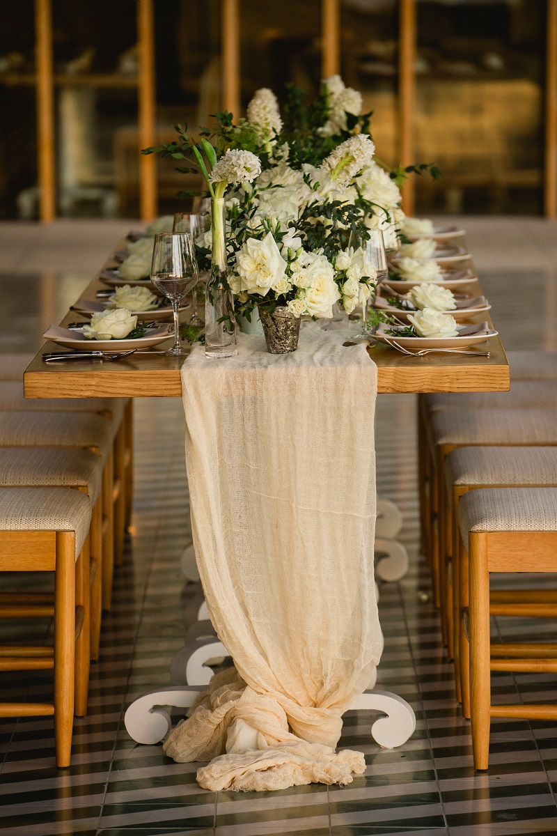 Luxury Weddings at The Cape Hotel Cabo San Lucas Event Designers Elena Damy White Weddings Photo by Chris Plus Lynn 10ac