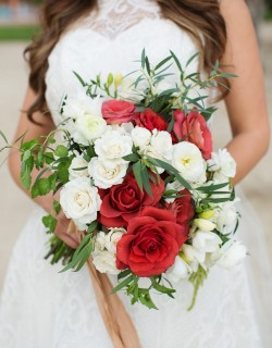 destinationIDO_red and white bridal bouquet beach weddings elena damy mexico destinations