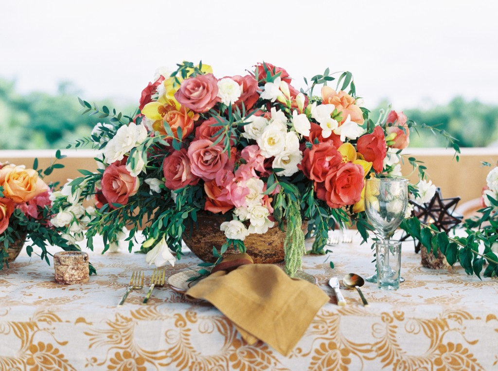 Mexican inspired floral centerpiece by Elena Damy for Destination I Do magazine