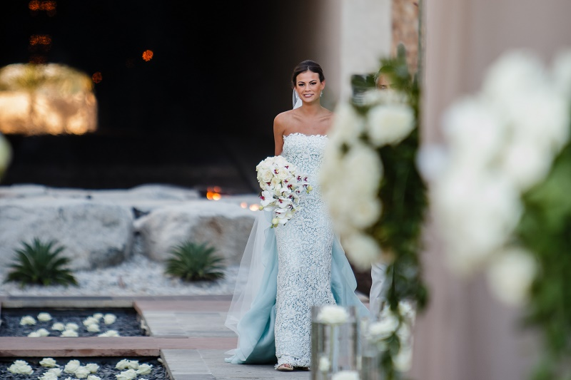 Beach Wedding Ceremony Oahu: The Beautiful Simplicity Of A White Bridal