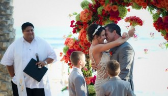 family-weddings-destination-weddings-mexico-esperanza-resort-orange-wedding-flowers