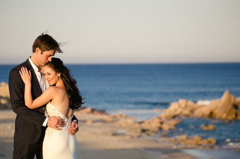 bride and groom photos on the beach weddings at cabo del sol elena damy destination wedding planners mexico chris plus lynn photo