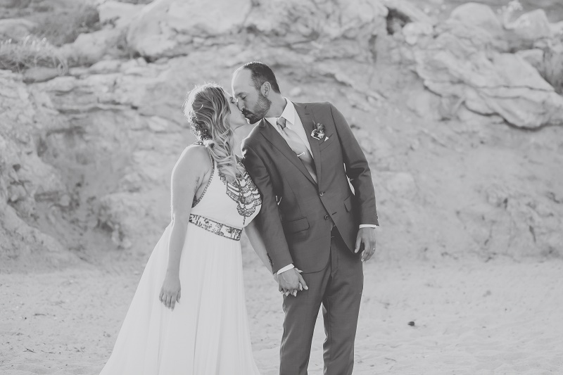 couple photos beach weddings cabo del sol