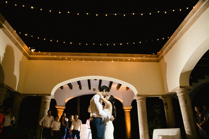 first dance weddings at cabo del sol elena damy destination wedding planners mexico chris plus lynn photo