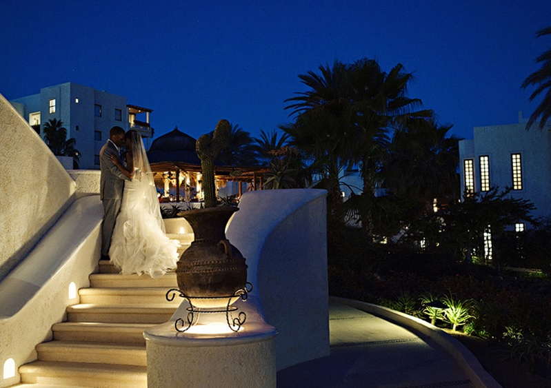 bridal-photos-at-las-ventanas-mexico-elena-damy-meka-and-shon
