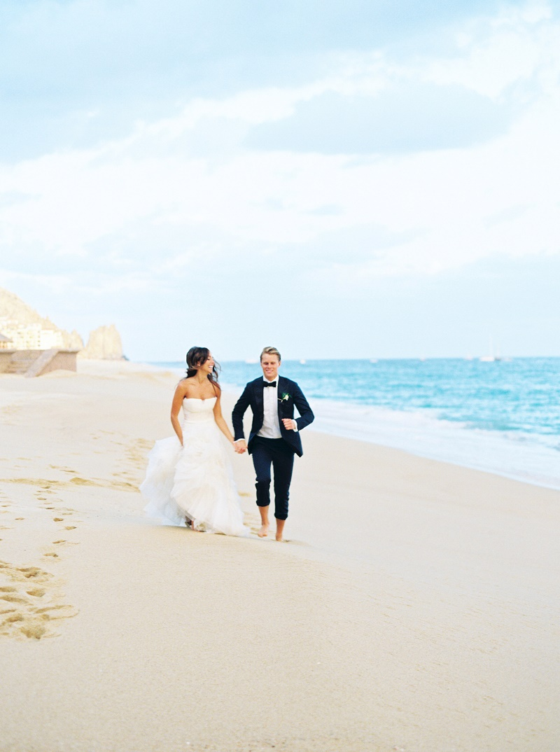 Swell Elena Damy Bride And Groom Running On The Beach Mexico Download Free Architecture Designs Scobabritishbridgeorg