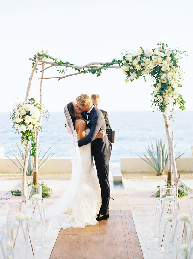 kiss-wedding-ceremony-mexico-destination-weddings-resort-at-pedregal-elena-damy-wedding-planners