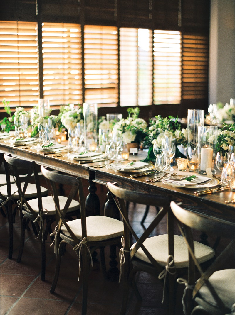 Elena Damy Natural Wooden Tables White And Green Centerpieces