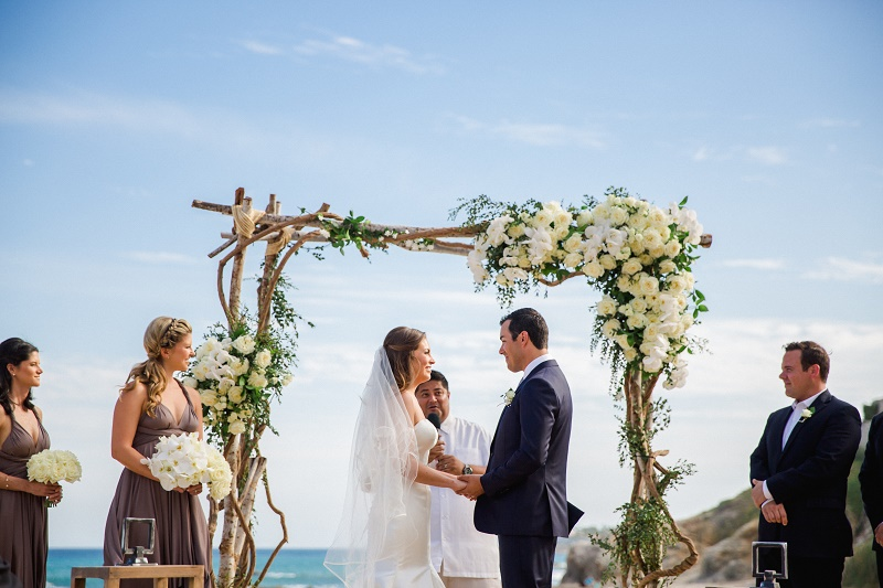 beach-weddings-los-cabos-wedding-planners-elena-damy-cabo-photographer-sara-richardson-5002
