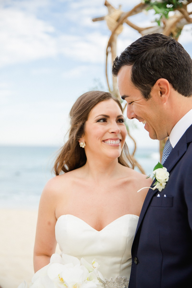 beach-weddings-los-cabos-wedding-planners-elena-damy-cabo-photographer-sara-richardson-5377