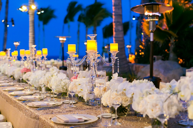cabo-weddings-outdoor-receptions-long-tables-elena-damy-floral-design-los-cabos-event-designer-ana-and-jerome-photography-2