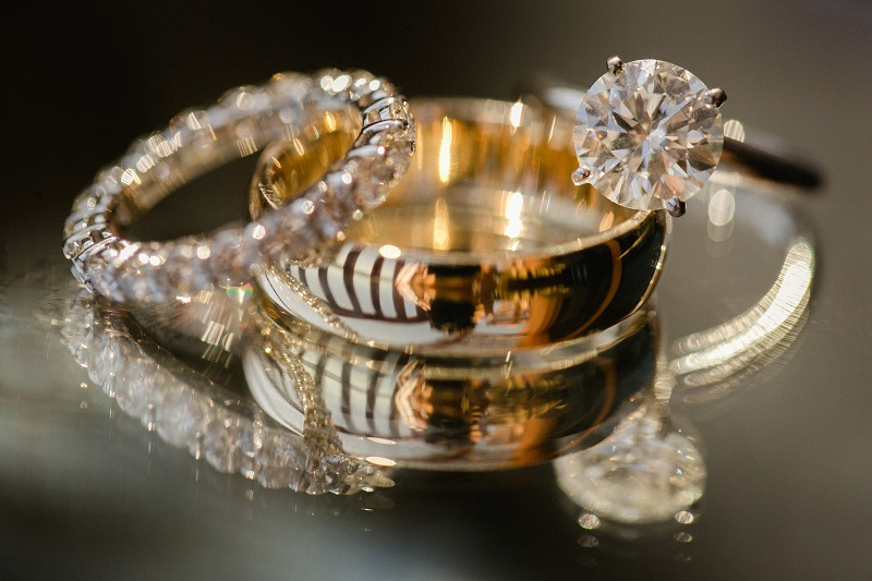 wedding-rings-beach-weddings-los-cabos-esperanza-resort-elena-damy-event-design-chris-plus-lynn-photography
