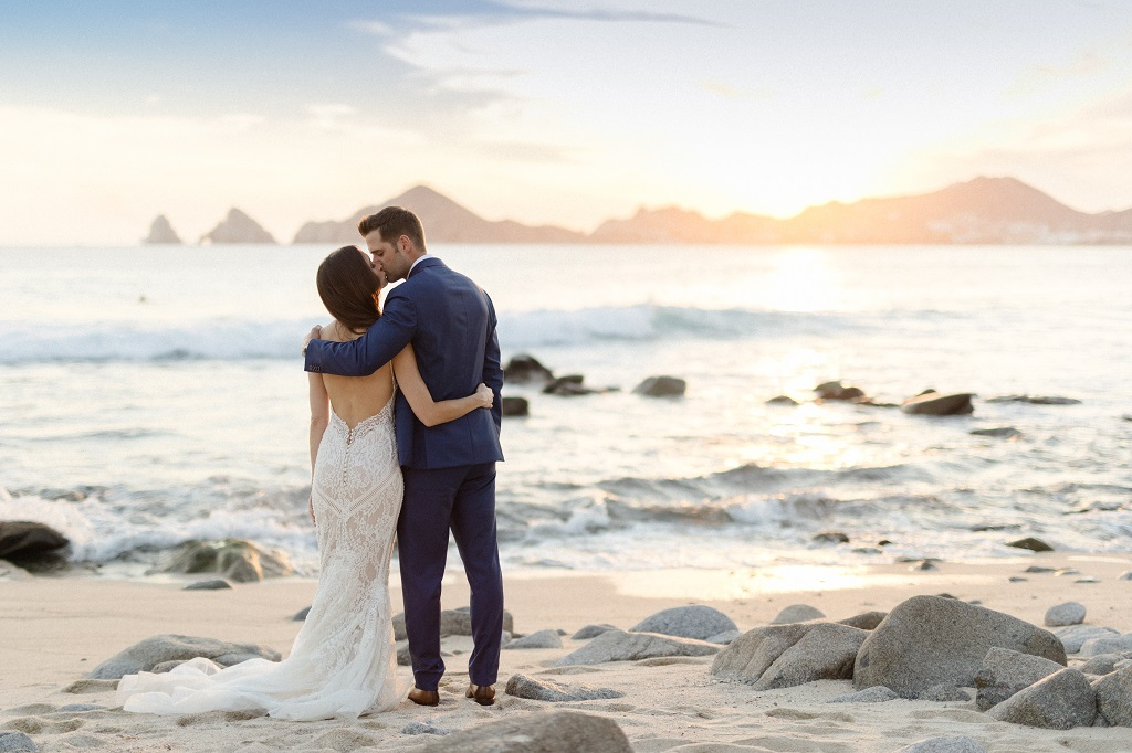 Cabo Wedding Photos on the beach sunset weddings elena damy Sara Richardson-4823