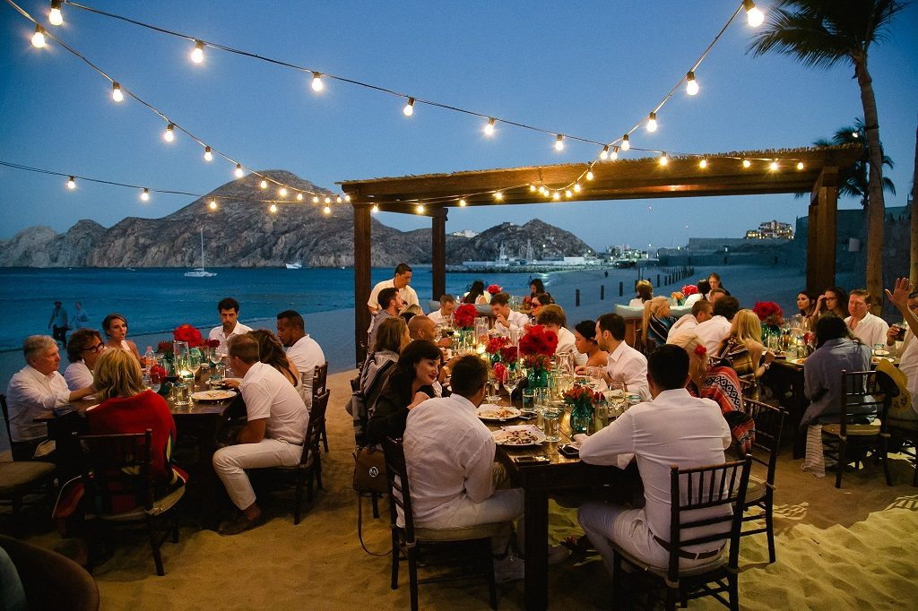 Elena damy floral design archives elena damy the perfect rehearsal dinner in cabo melissa and tommy started their destination wedding weekend off with a stylish rehearsal dinner right on the beach at junglespirit Image collections