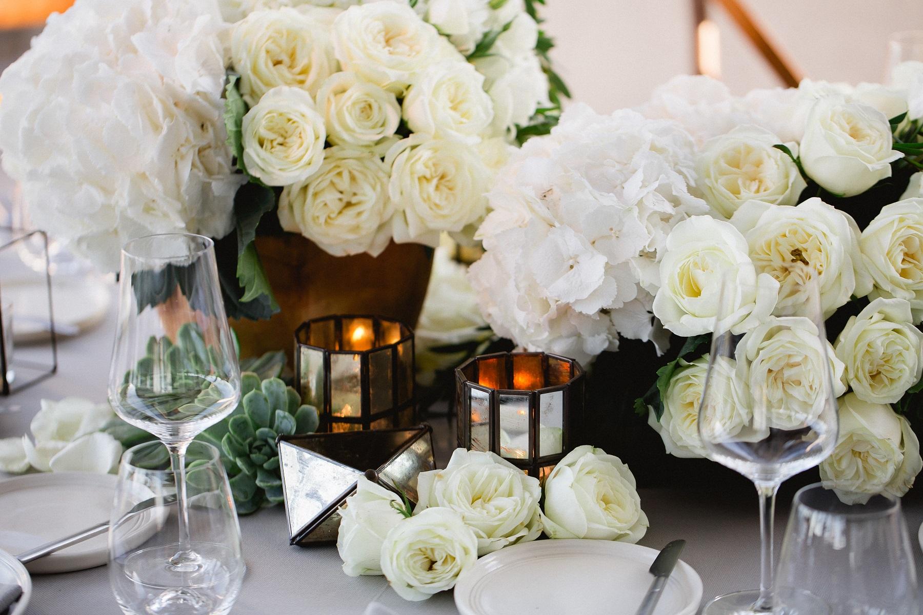 Elena Damy White Floral Centerpieces Elena Damy Destination
