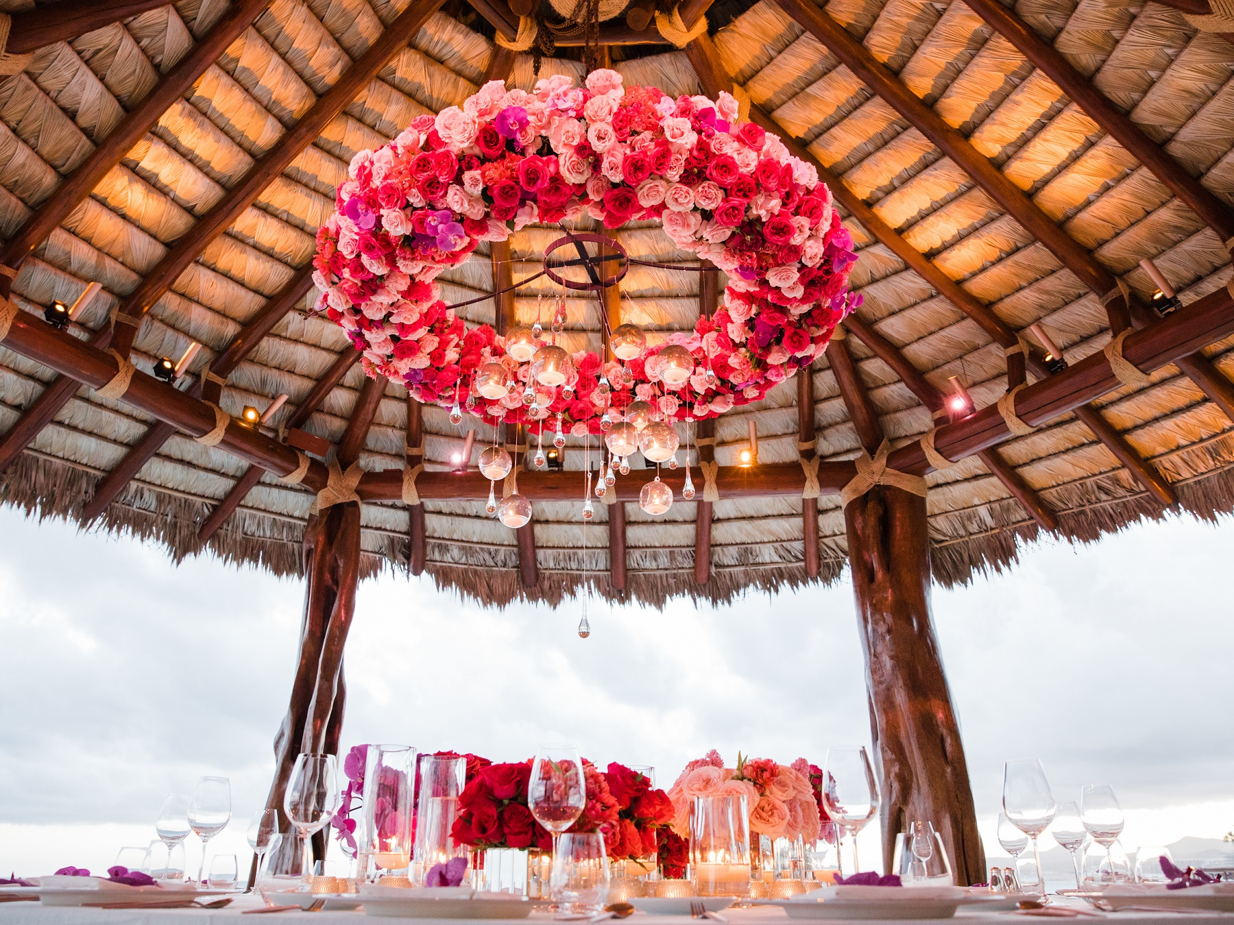 hanging flowers floral design for weddings mexico elena damy