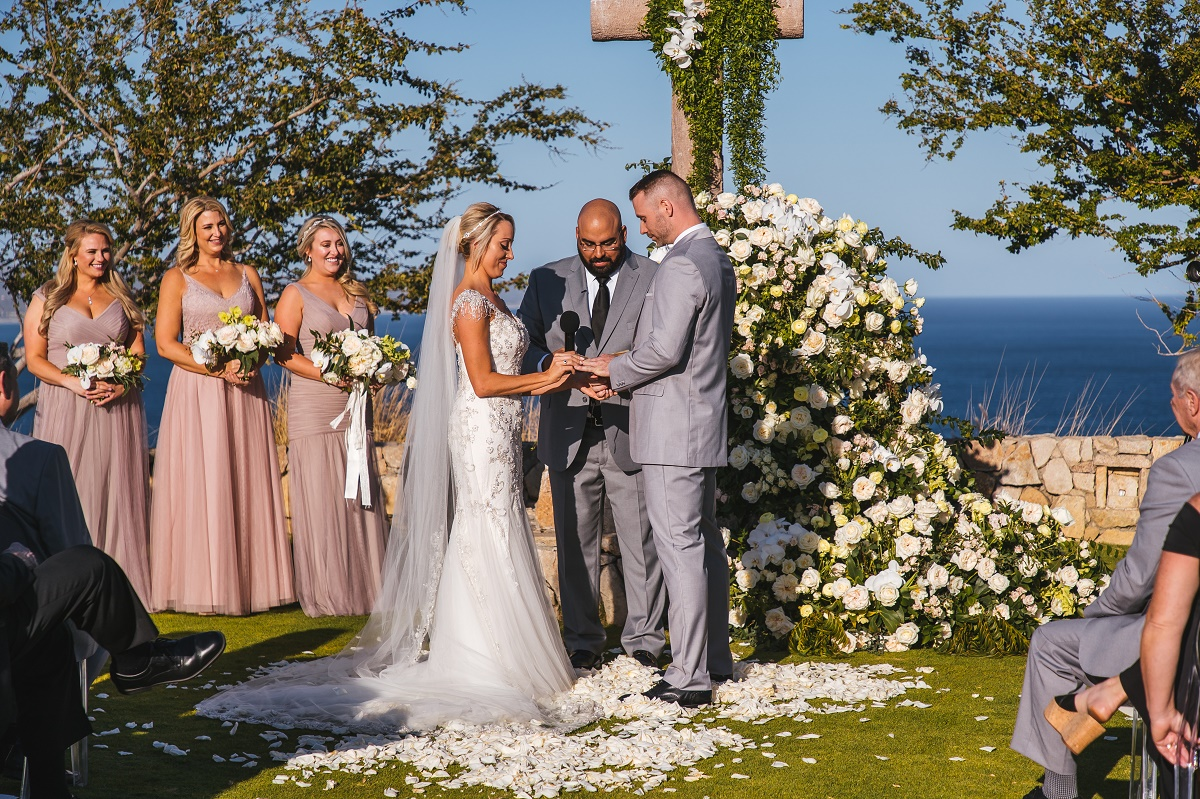 outdoor wedding ceremony cabo san lucas palmilla resort