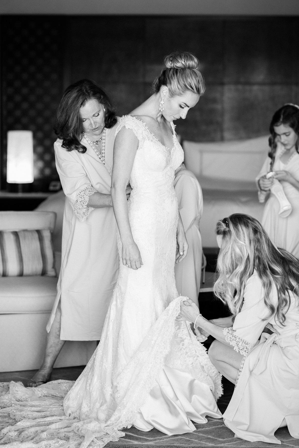 bride getting ready cabo wedding elena damy