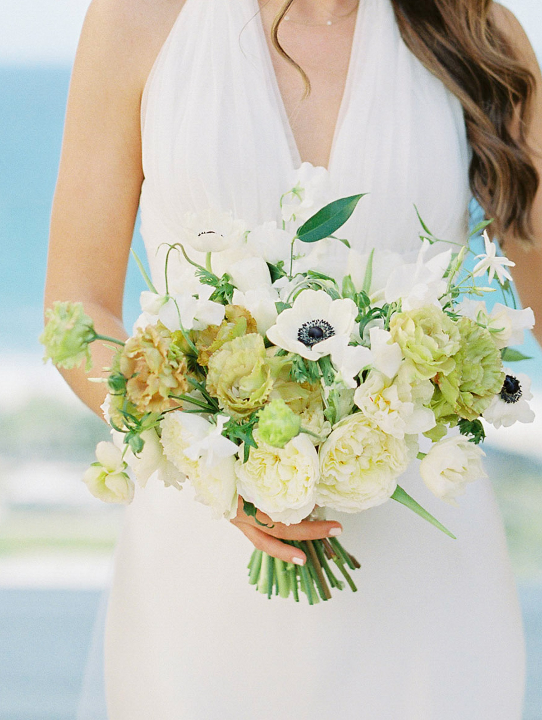 green and white bridal bouquet solaz