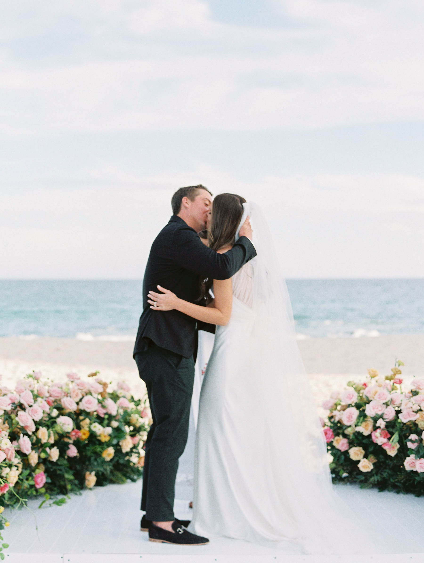 ceremony kiss solaz wedding cabo san lucas
